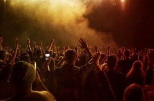 Folla a un concerto chemsex