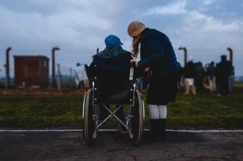 Persona in sedia a rotelle