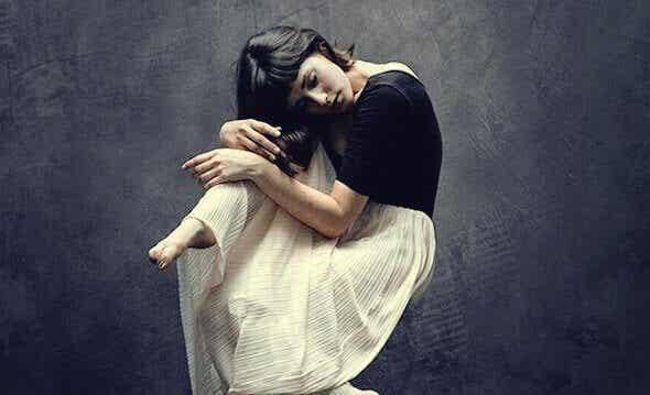 Nascondere le emozioni: dolore silenzioso
