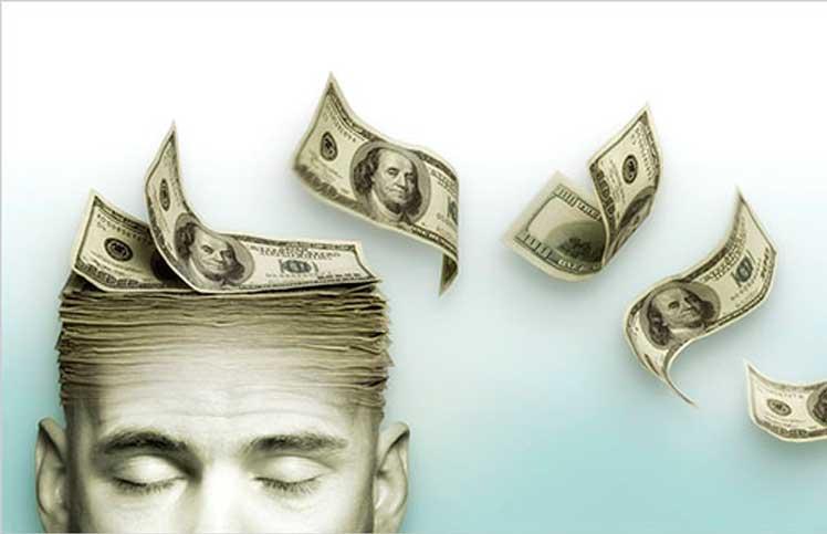 Uomo che pensa ai soldi