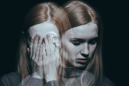 Donna con trauma