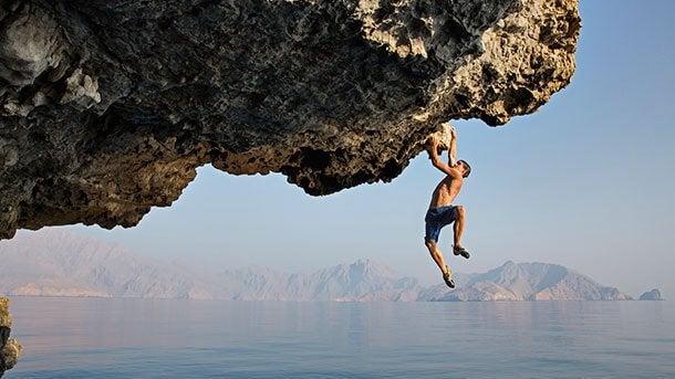 Alex Honnold durante una scalata