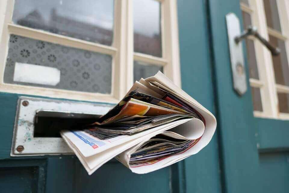 Giornale in cassetta della posta