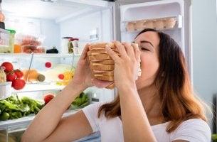 Come controllare la fame nervosa
