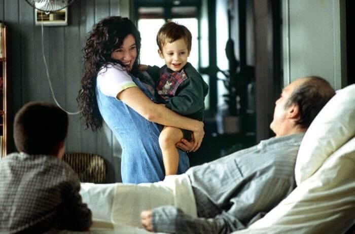 Ramón con una donna e un bambino