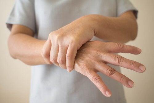 Parkinson precoce: sintomi da riconoscere