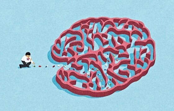 Uomo che mette farmaci nel cervello