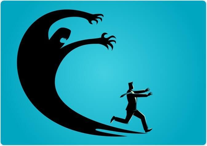 Uomo scappa da ombra