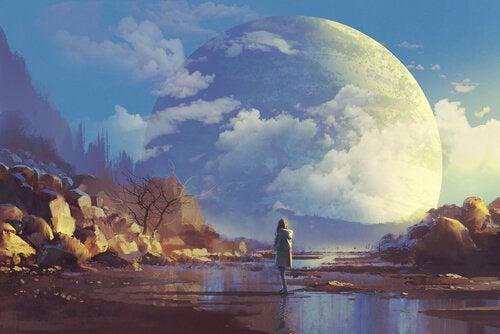 Utopia- donna davanti a una luna enorme