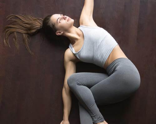 Posizione torsione spina dorsale