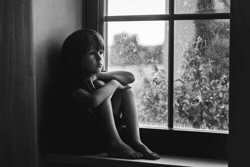 Carenze affettive nei bambini: 3 segnali