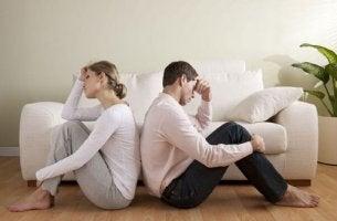 Amore nella coppia: fattori che contribuiscono a terminarlo.