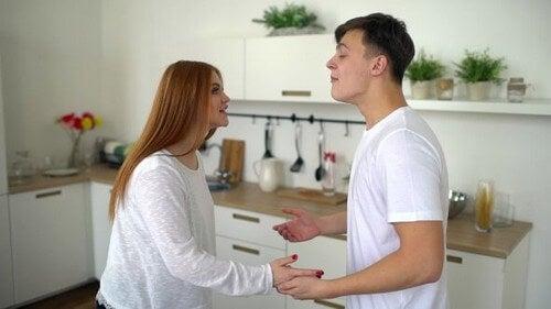 La conversazione all'interno della coppia è fondamentale.
