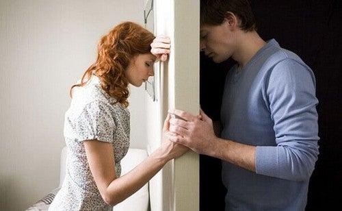 Il rancore divide le relazioni di coppia