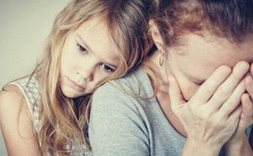Genitori con personalità paranoide: carceri emotivi