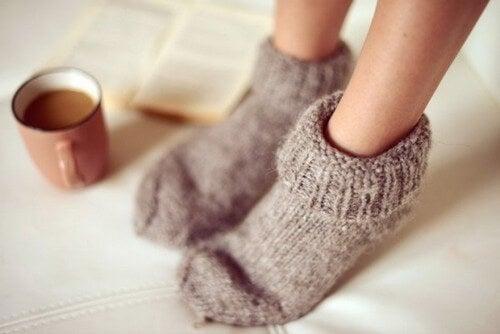 primi sintomi dell'ansia : piedi freddi