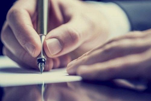 Scrivere per fermare i pensieri ricorrenti