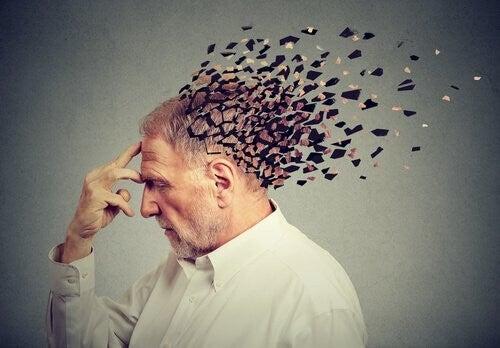 Uomo invecchiamento cerebrale