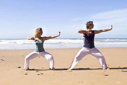 Chi kung sulla spiaggia