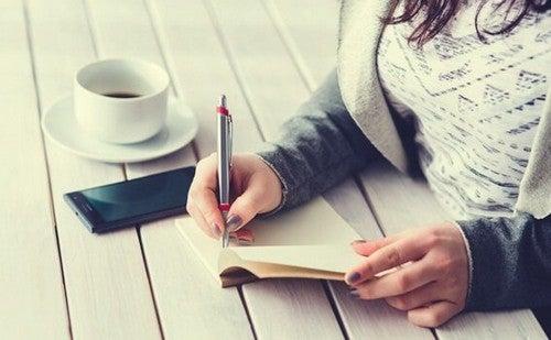 Il diario dei 5 minuti per sentirsi più appagati