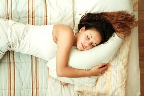 Dormire fa sorridere di più