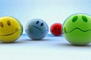 Faccine con le funzioni principali di un'emozione