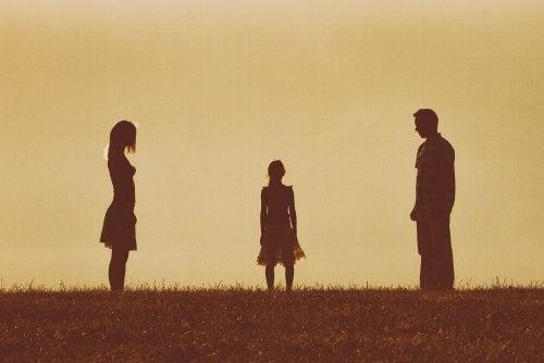 Figlia con genitori divorziati