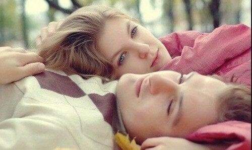 Somatizzazione delle emozioni in una coppia con dipendenze