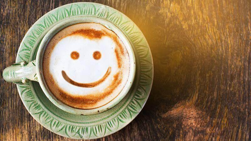 Cappuccino sorridente