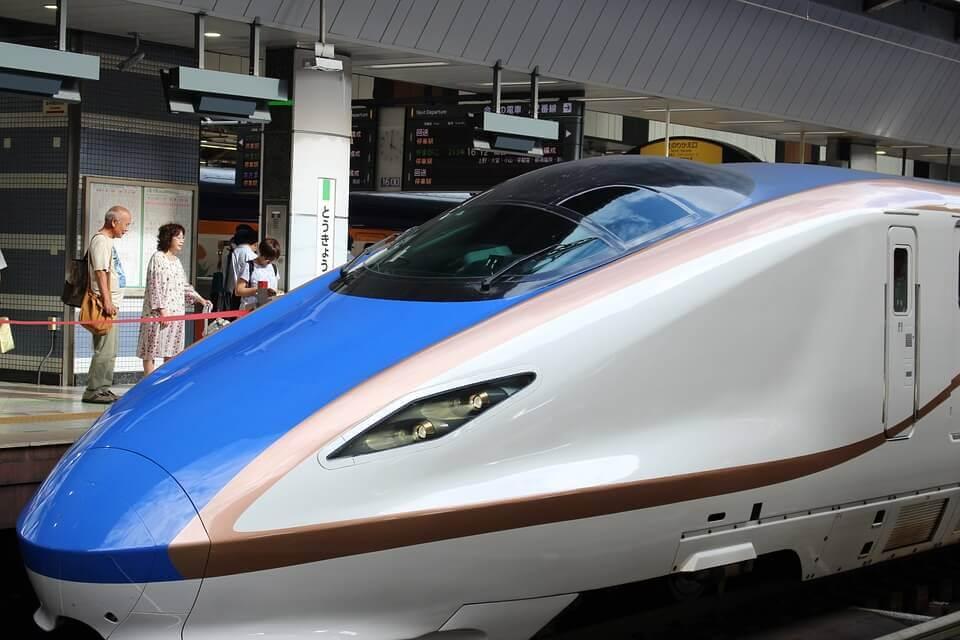 Treno proiettile a Tokyo