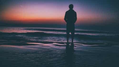 Stare soli vi fa sentire il peso della solitudine? Siete mal accompagnati