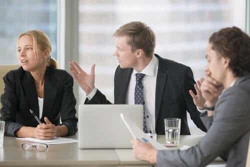 Ambiente di lavoro tossico: segnali per riconoscerlo