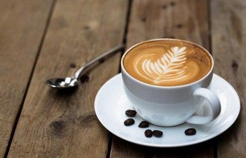 L'aroma del caffè stimola il cervello