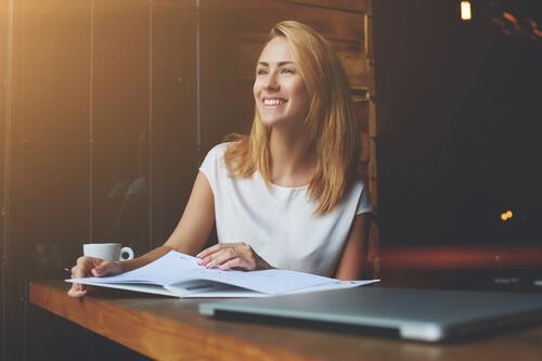 Felici al lavoro: come riuscirci?