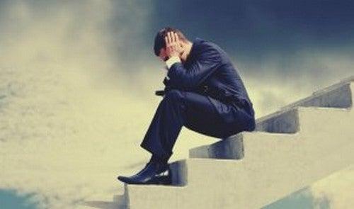 Risolvere i problemi altrui: 3 motivi per non farlo