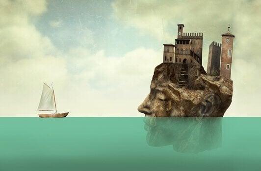 Testa in acqua con castello e barca