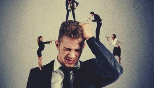 Le microaggressioni sul lavoro