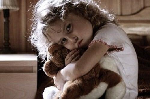 Iperattività infantile, nasconde traumi o stress?