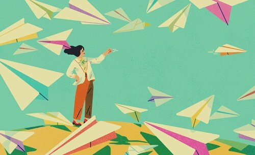 Donna con aeroplani di carta