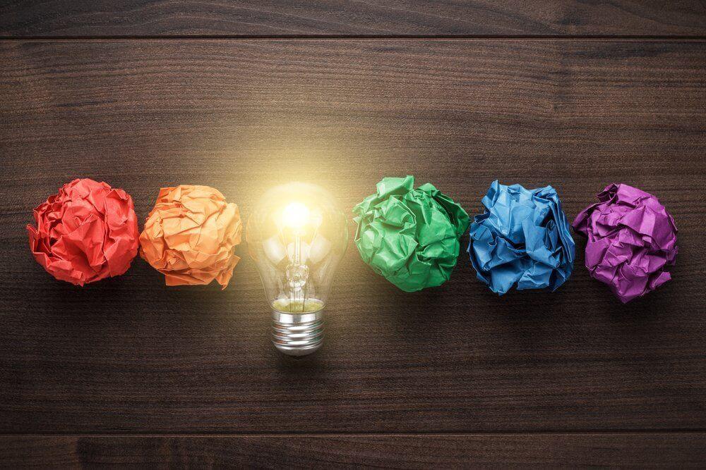 Lampadina e creatività