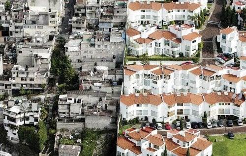 Quartiere povero e quartiere ricco