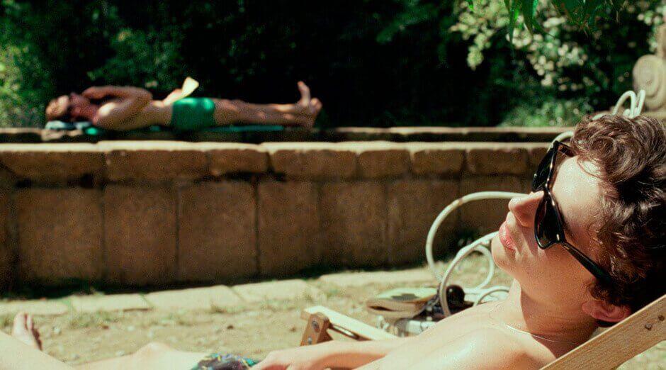 Elio e Oliver prendono il sole