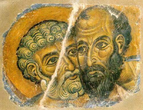 Due uomini guancia a guancia