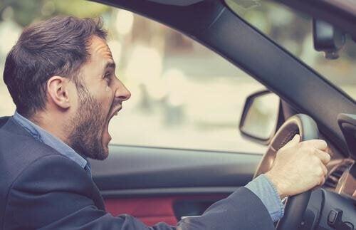 Aggressività del guidatore e sicurezza stradale