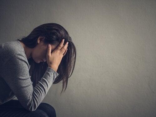 Capire l'abuso per aiutare la vittima