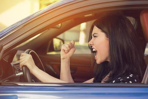 Reazioni aggressive al volante