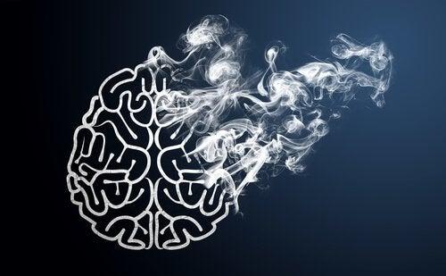 Cervello in fumo per l'uso di nicotina