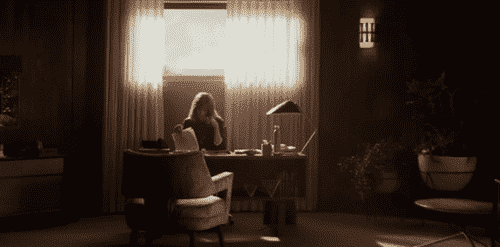 Homecoming: thriller psicologico su emozioni e memoria