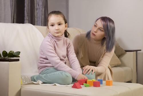 Mamma e figlia con autismo workshop per genitori