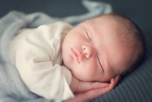 Bebe dorme